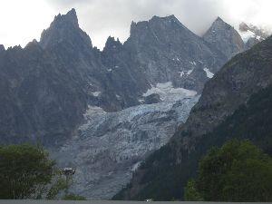 Die Rückseite des Mont Blanc Gletschers, nach der    Tunneldurchfahrt