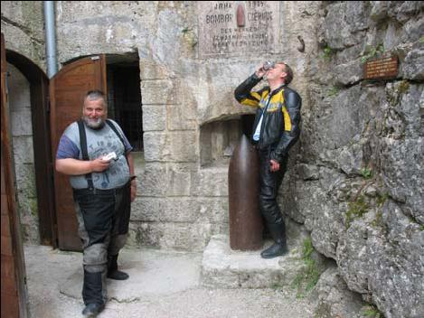 Abkühlen und Füße Vertreten in der Festung Belvedere.